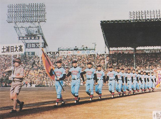土浦日大高小菅新監督 全員野球で頂点へ - 夏の甲子 …